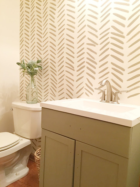 DIY wallpaper with paint